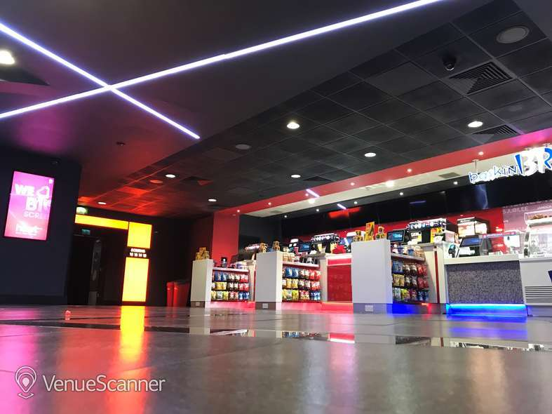 Hire Cineworld Glasgow Renfrew Street Screen 6 - 139 Seats 5