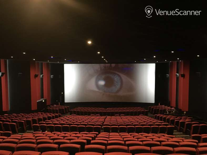 Hire Cineworld Glasgow Renfrew Street Screen 3 - 676 Seats