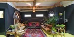 Apiary Studios, Green Room