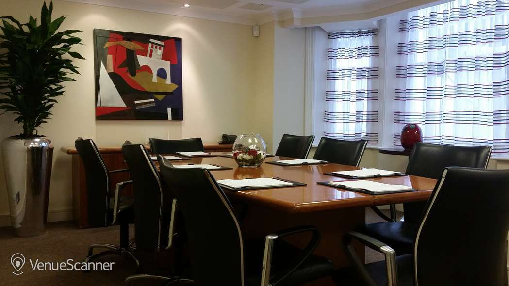 Hire Grand Plaza Kensington Meeting Room 1