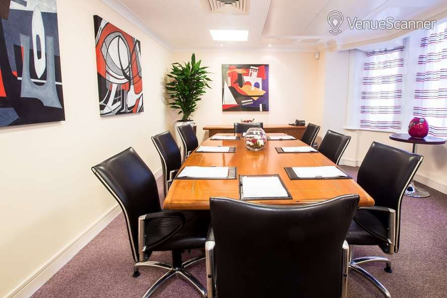 Hire Grand Plaza Kensington Meeting Room