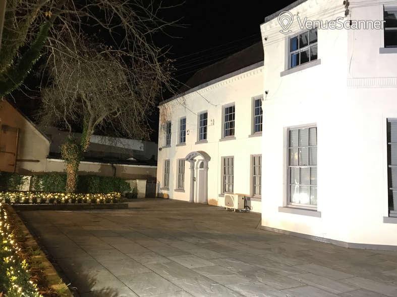 Hire Carlton House Carlton House 8