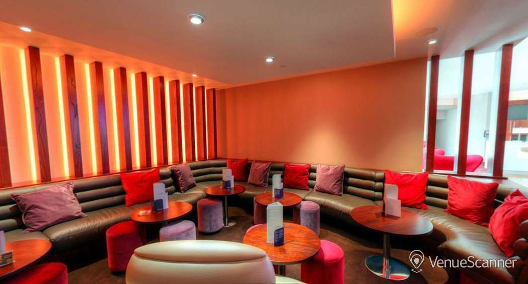 Hire Odeon Whiteleys The Lounge Lounge 2