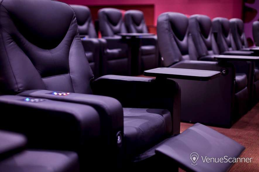 Hire Odeon Whiteleys The Lounge Lounge 3 4