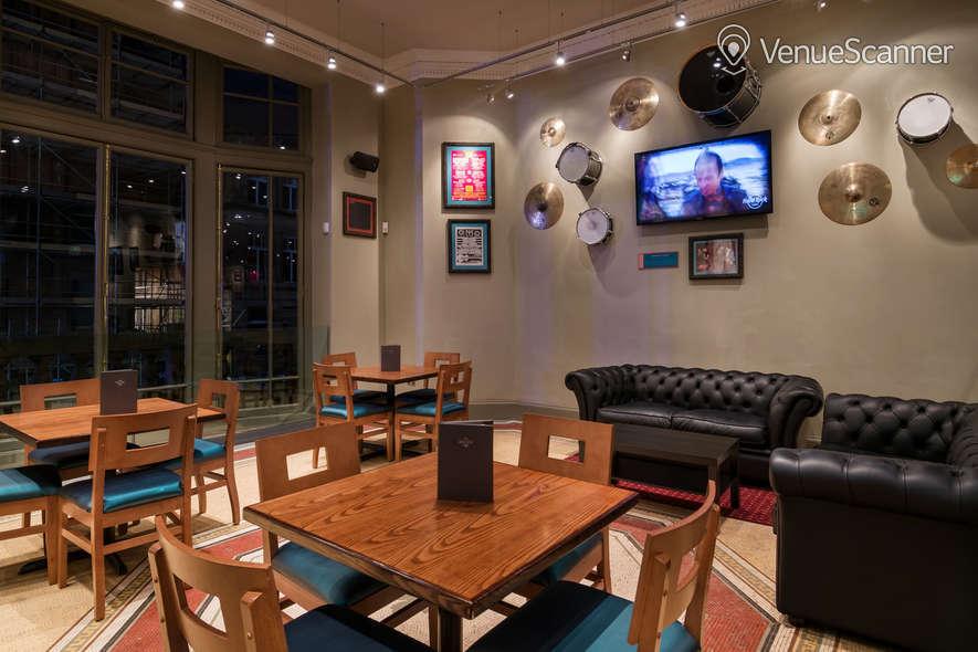 Hire Hard Rock Cafe Glasgow Live Lounge 4