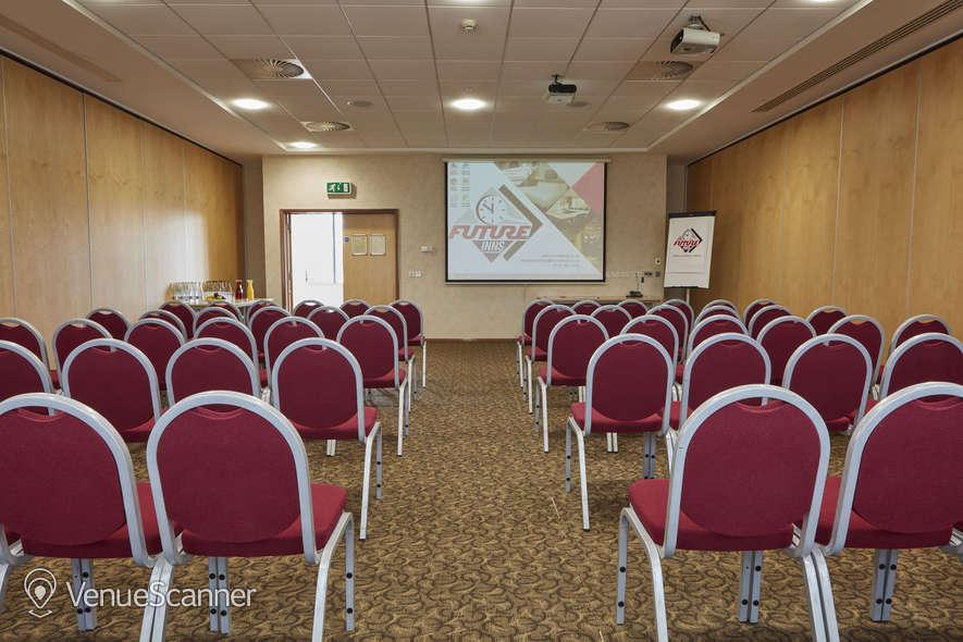 Hire Future Inn Bristol Hotel Frys 4