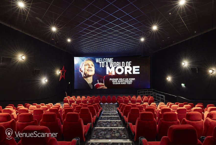 Hire Cineworld Birmingham Broad Street 17