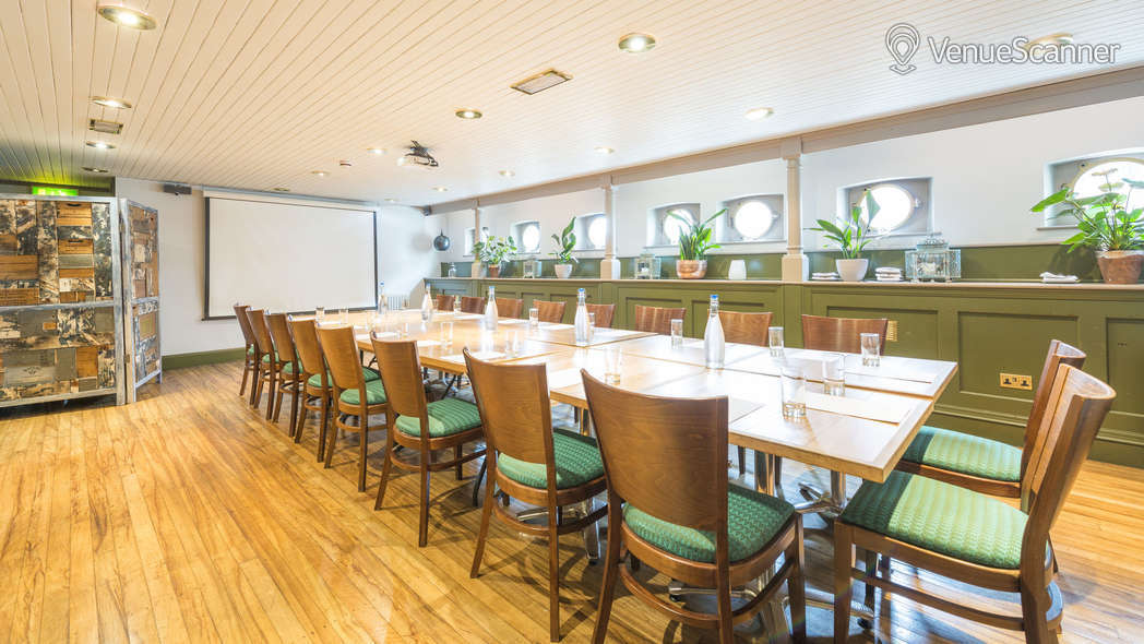 Hire Glassboat Brasserie The Lower Deck 3