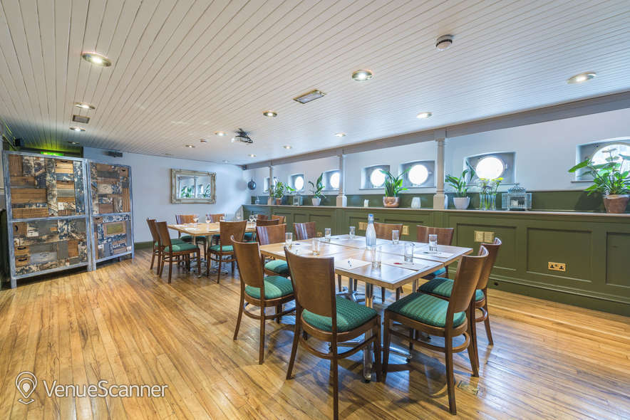 Hire Glassboat Brasserie The Lower Deck 5