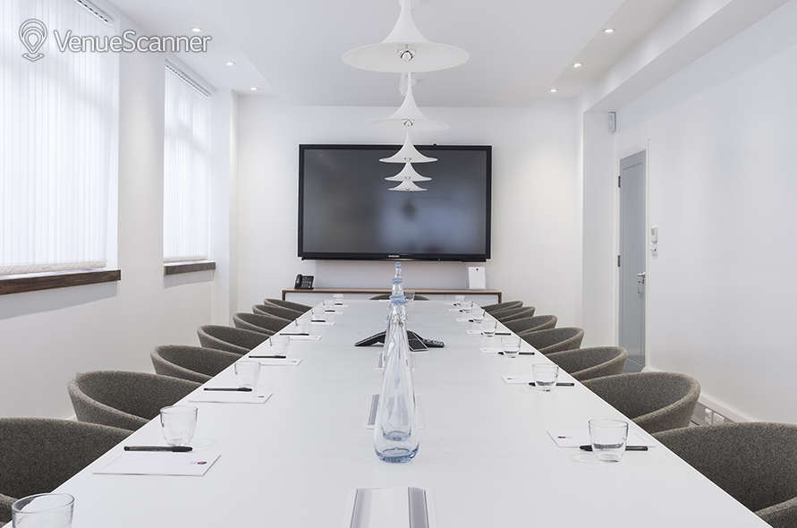 Hire St. Pancras Meeting Rooms Office 2