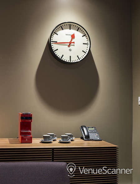 Hire St. Pancras Meeting Rooms Tv Room 2
