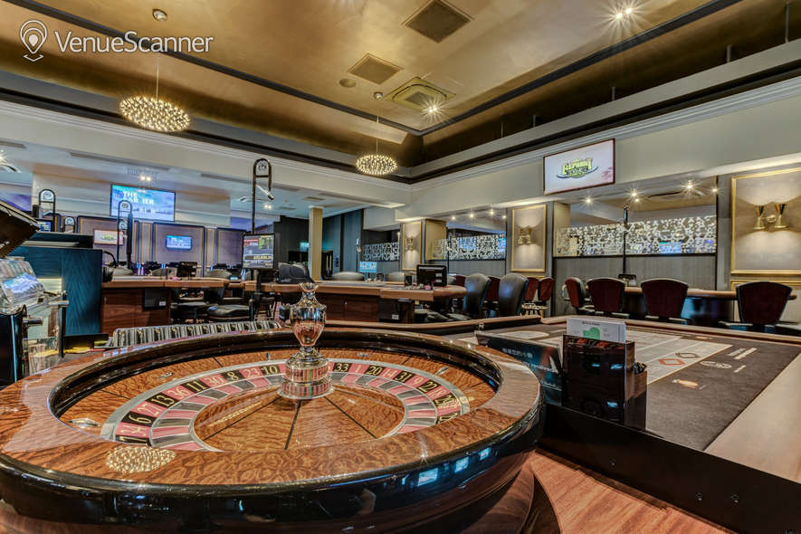 Hire Grosvenor Casino Golden Horseshoe 4