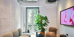 Meet In Place Soho Square, Salon Room 7