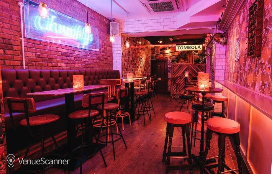 Hire Simmons Bar   Angel Main Bar 4