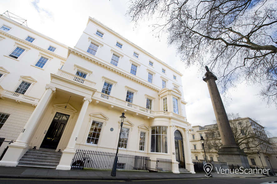 Hire {10-11} Carlton House Terrace Lecture Room 1