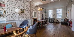 Big Fernand, Dining Room
