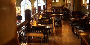 The Counting House, Exclusivity Of The Pub
