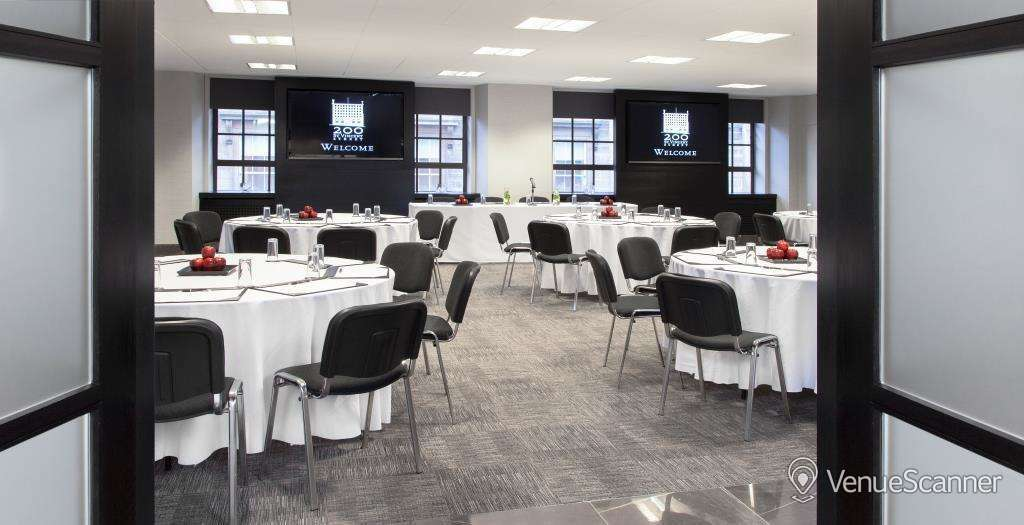 Hire 200 Svs St Andrews Suite