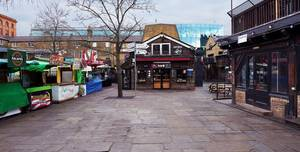 Camden Market, Lock Place Entrance