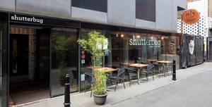 Shutterbug, Bar