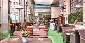 Smollenskys Restaurant Canary Wharf, Champagne terrace
