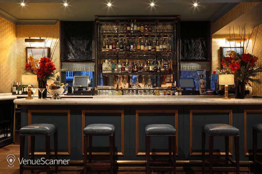 Hire Beaufort House Albert's Club Room 10