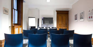 St Thomas' Hospital, South Wing Committee Room