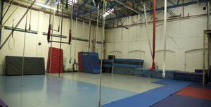 AirCraft Circus, Mezzanine