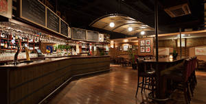 Willys Wine Bar, Exclusive Hire