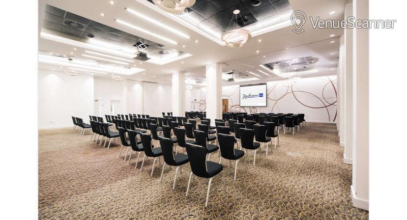 Hire Radisson Blu Hotel, Cardiff Verde Suite 3