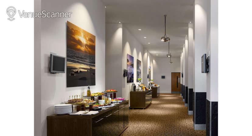 Hire Radisson Blu Hotel, Cardiff Verde Suite 2
