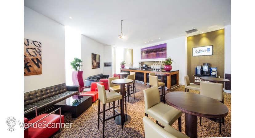 Hire Radisson Blu Hotel, Cardiff Verde Suite 4