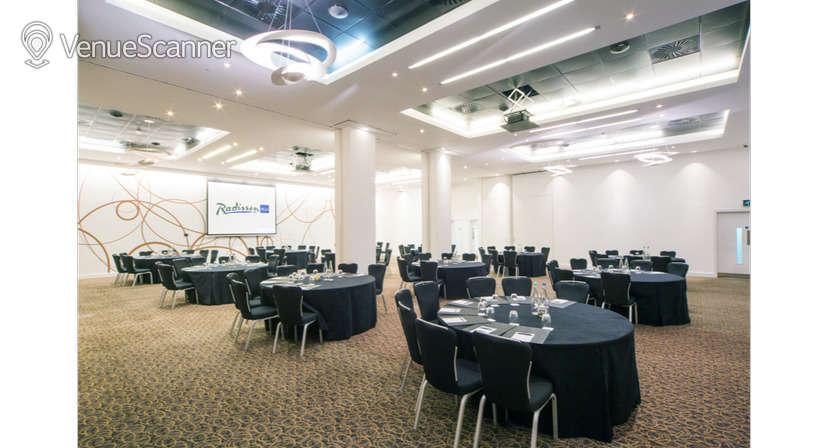 Hire Radisson Blu Hotel, Cardiff Verde Suite 1