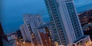 Radisson Blu Hotel, Cardiff, Nero Suite