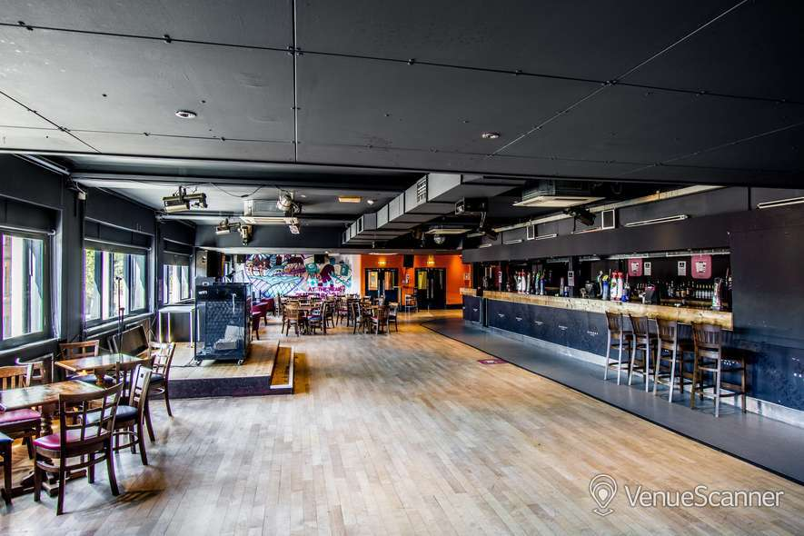 Hire University Of Strathclyde Students Association Barony Bar 1
