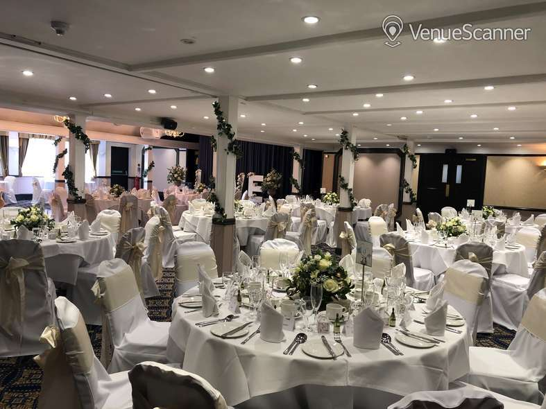 Hire Best Western Calcot Hotel, Reading Kennet & Avon Suite 3