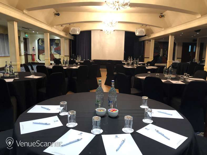 Hire Best Western Calcot Hotel, Reading Kennet & Avon Suite 2