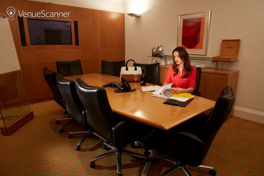 Hire The Argyll Club 53 Davies Street Conference Room