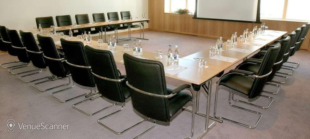 Hire Clayton Hotel Cardiff Meeting Room 4 4