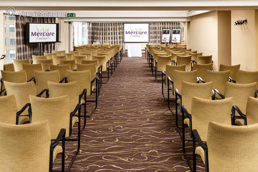 Hire Mercure Manchester Piccadilly The Park Suite 2
