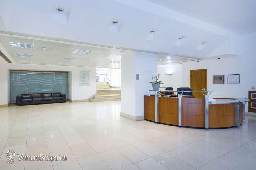 Hire I2 Office London St James Sq RAC 4
