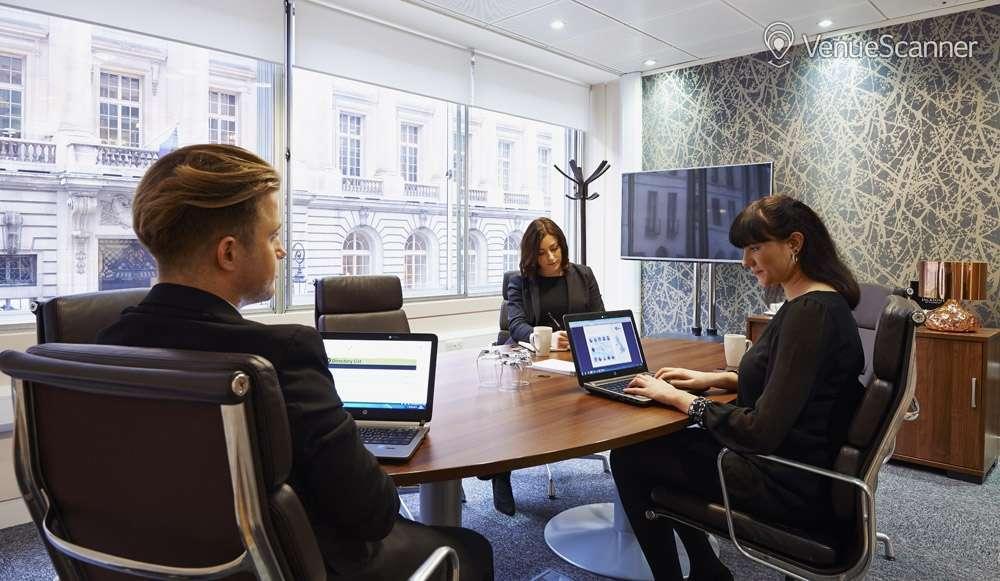 Hire I2 Office London St James Sq RAC 1