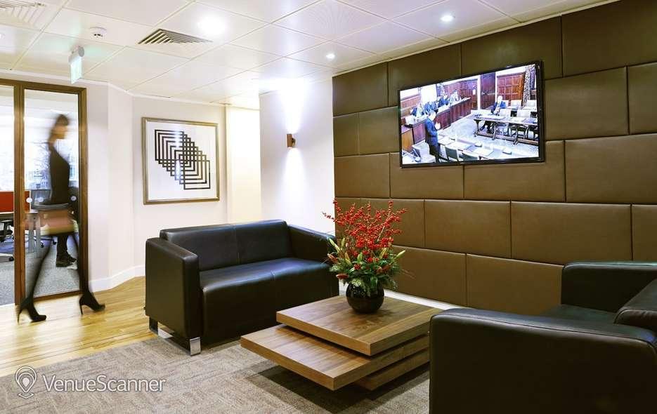 Hire I2 Office London St James Sq RAC 6