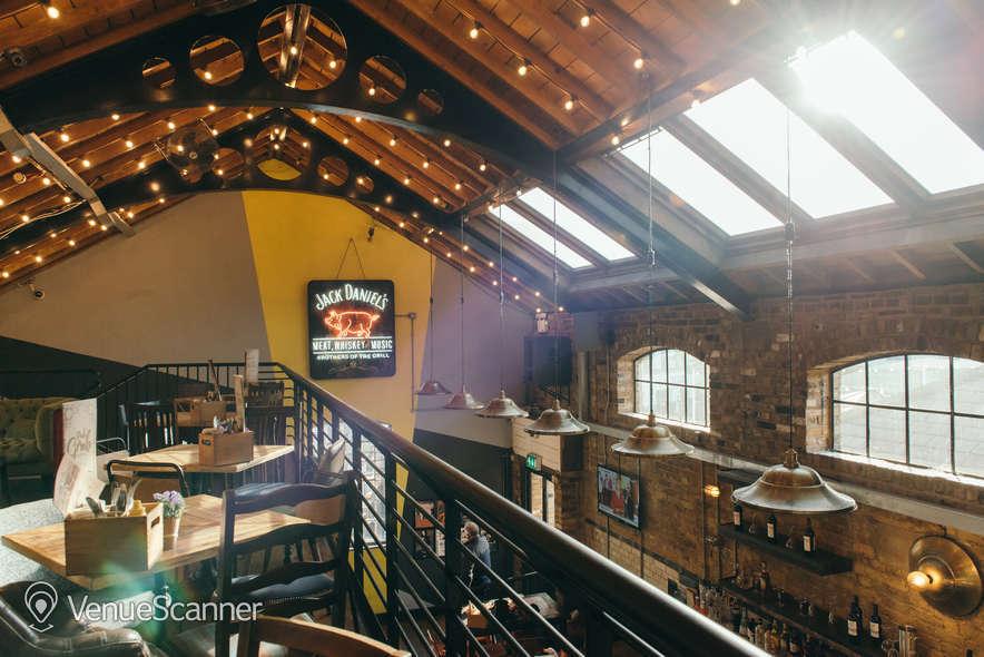 Hire Dingwalls Market Bar & Terrace 4