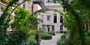 Drapers' Hall, The Garden And Courtyard