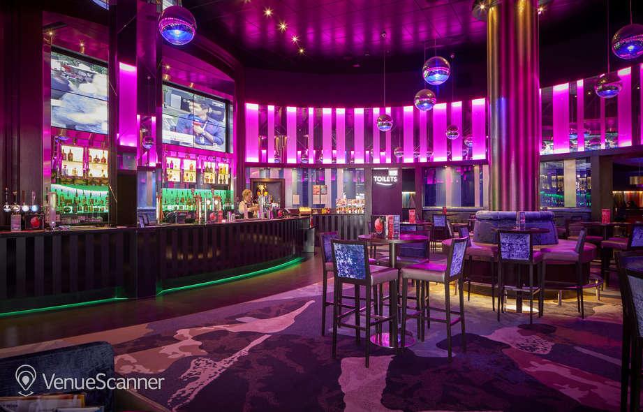 Hire Grosvenor Casino Reading South Show Bar 5