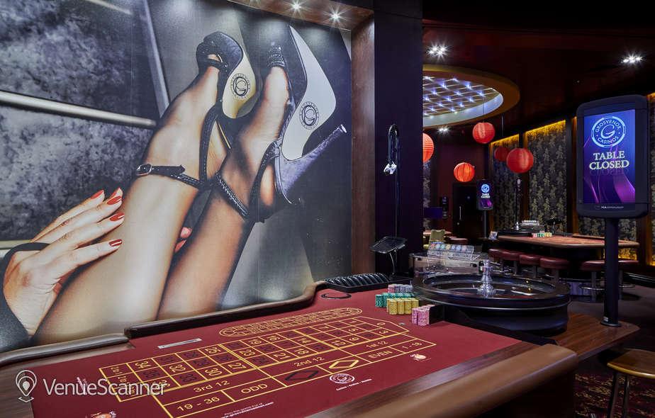 Hire Grosvenor Casino Reading South Show Bar 7