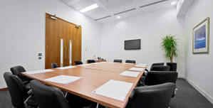 I2 Office London Aldersgate, Hampton