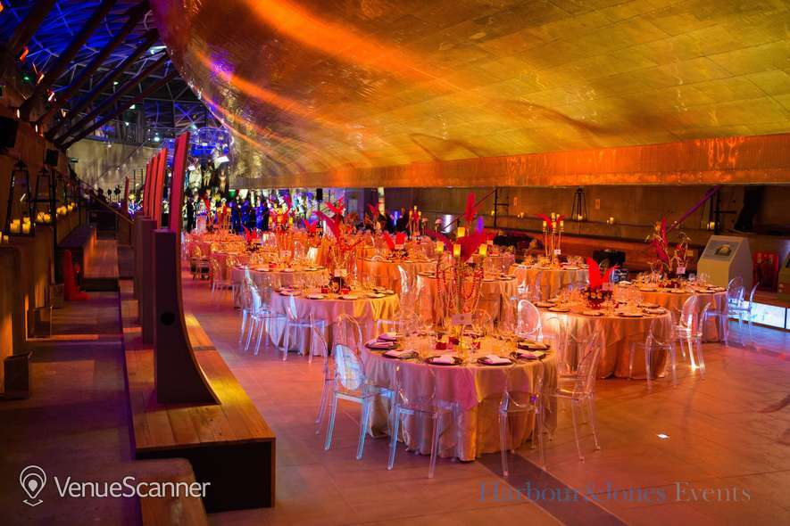 Hire Cutty Sark Greenwich Exclusive Christmas Party 9