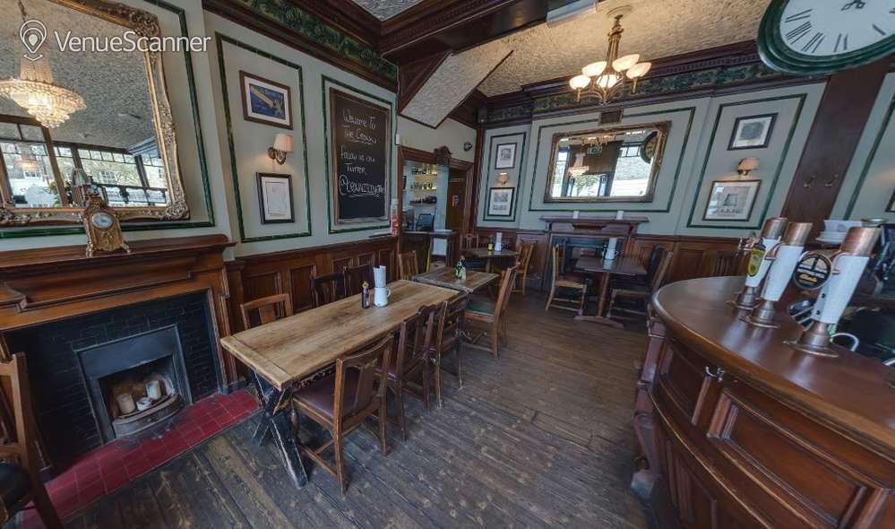 Hire The Crown Main Bar 1